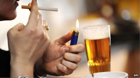 Medication therapy can increase long-term success for smokers who want to cut back first